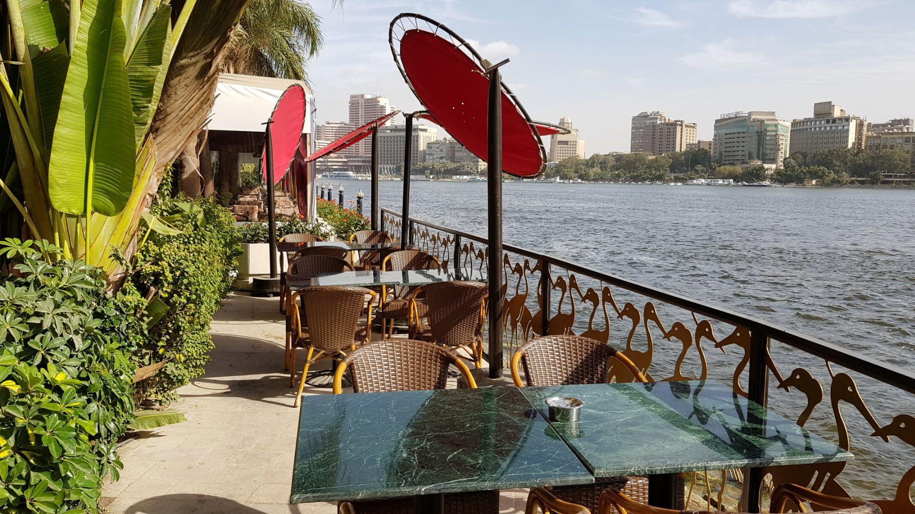 Hotel Sofitel Cairo Nile El Gezirah - Área externa do restaurante
