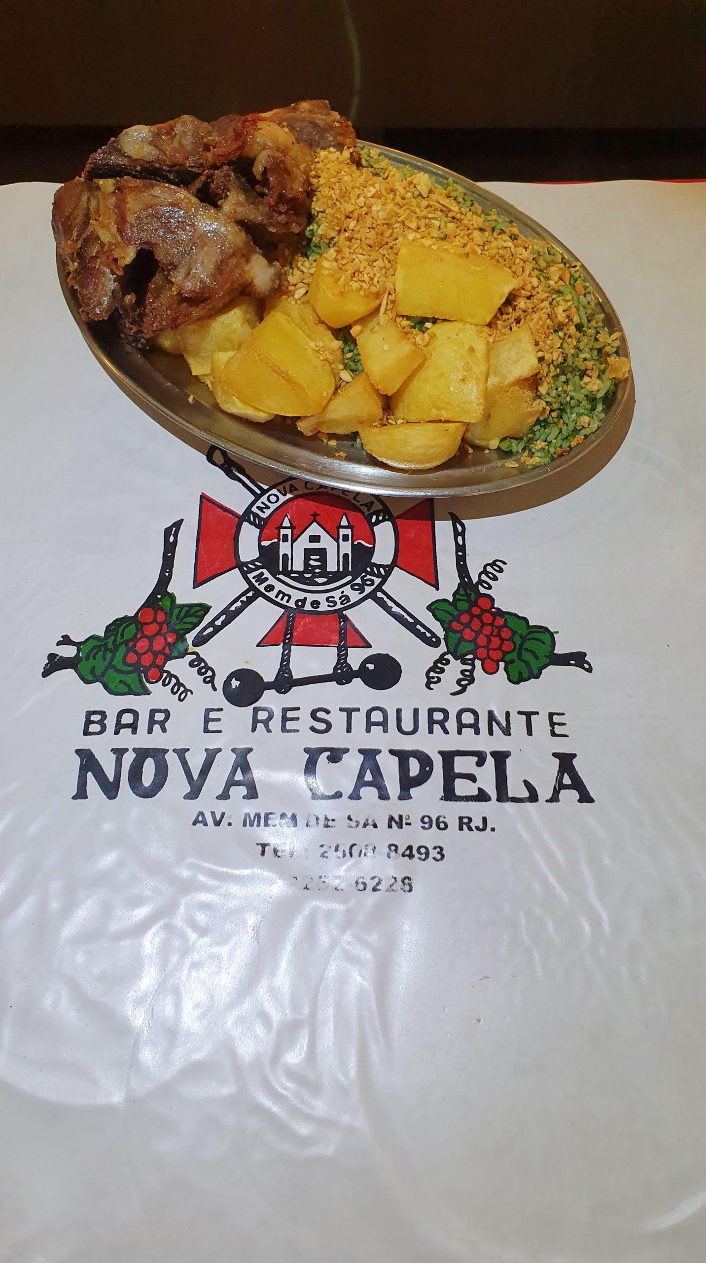 Outro ângulo do lendário prato cabrito assado do Bar e Restaurante Nova Capela
