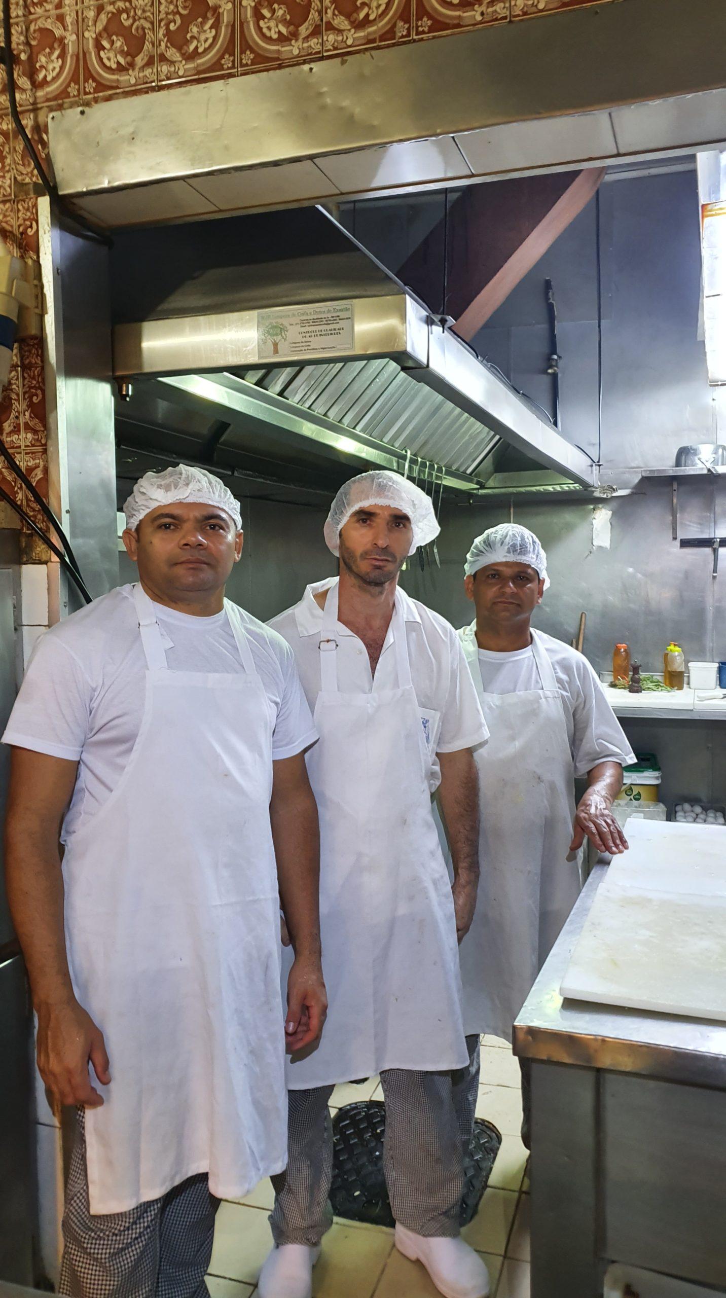 Equipe da cozinha, Bar e Restaurante Nova Capela